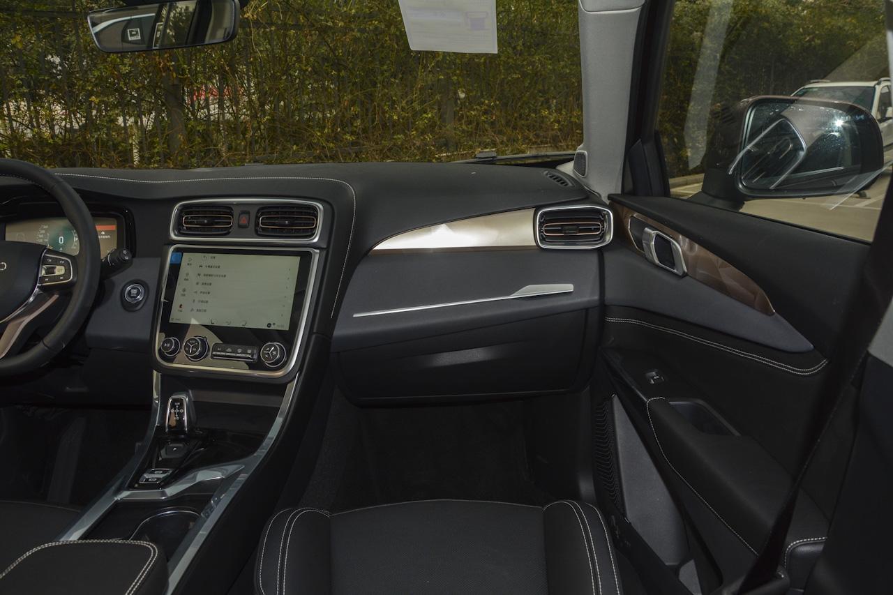 2017款领克01 2.0T自动两驱型Pro版
