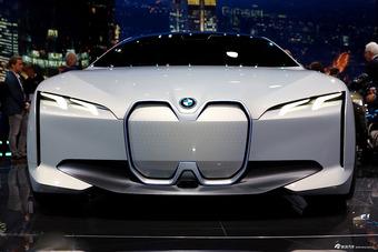 实拍|i Vision Dynamics概念车 宝马i4长这样