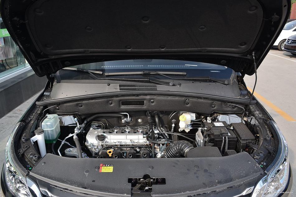 2016款宝骏560 1.8L 手动超值型