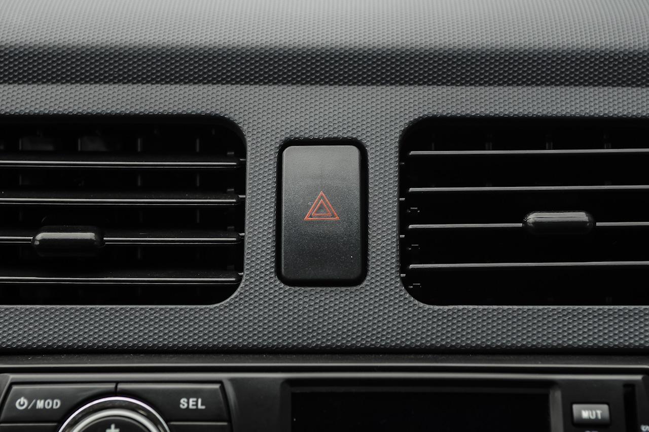 2016款江铃E100标准型