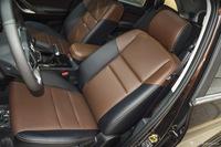 2016款驭胜S350 2.0T手动四驱汽油豪华天窗版7座
