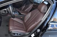 2019款宝马5系2.0T自动530Li 尊享型豪华套装