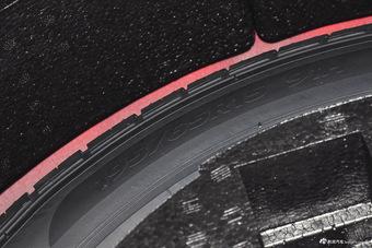宝马推出超豪华级轿车9系 根本找不到对手