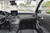 2017款奔驰GLA级 GLA200 1.6T自动时尚型