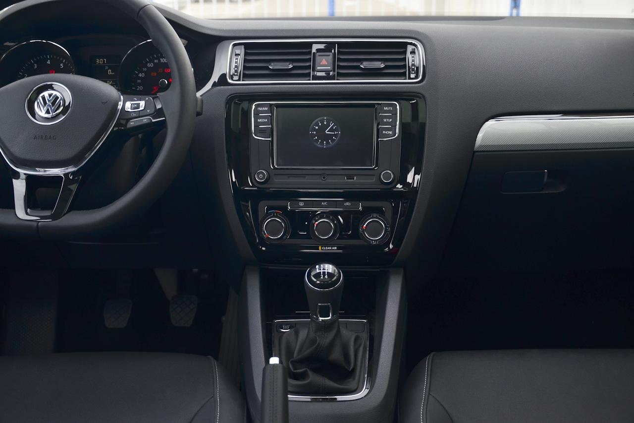 2017款速腾1.6L手动舒适型