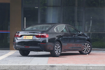 2017款雪铁龙C6改款1.8T自动豪华型380THP