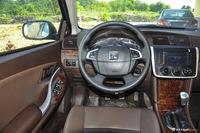 2014款众泰Z300 1.5L手动豪华型