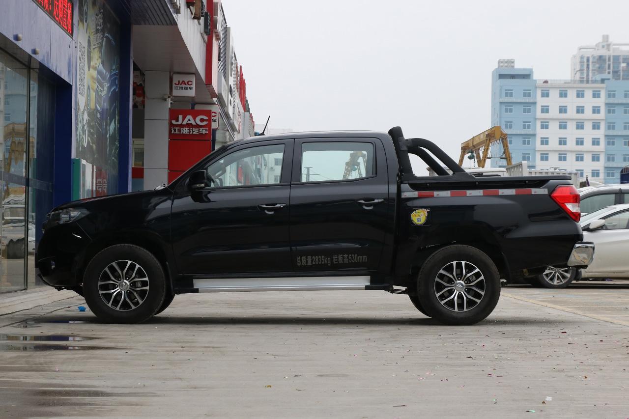2018款雄师F22 1.9T自动两驱柴油旗舰型D19TCIE2