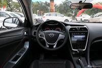 2017款海马福美来1.6L自动豪华型