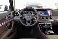 2017款奔驰E级3.0T自动 320 L 4MATIC
