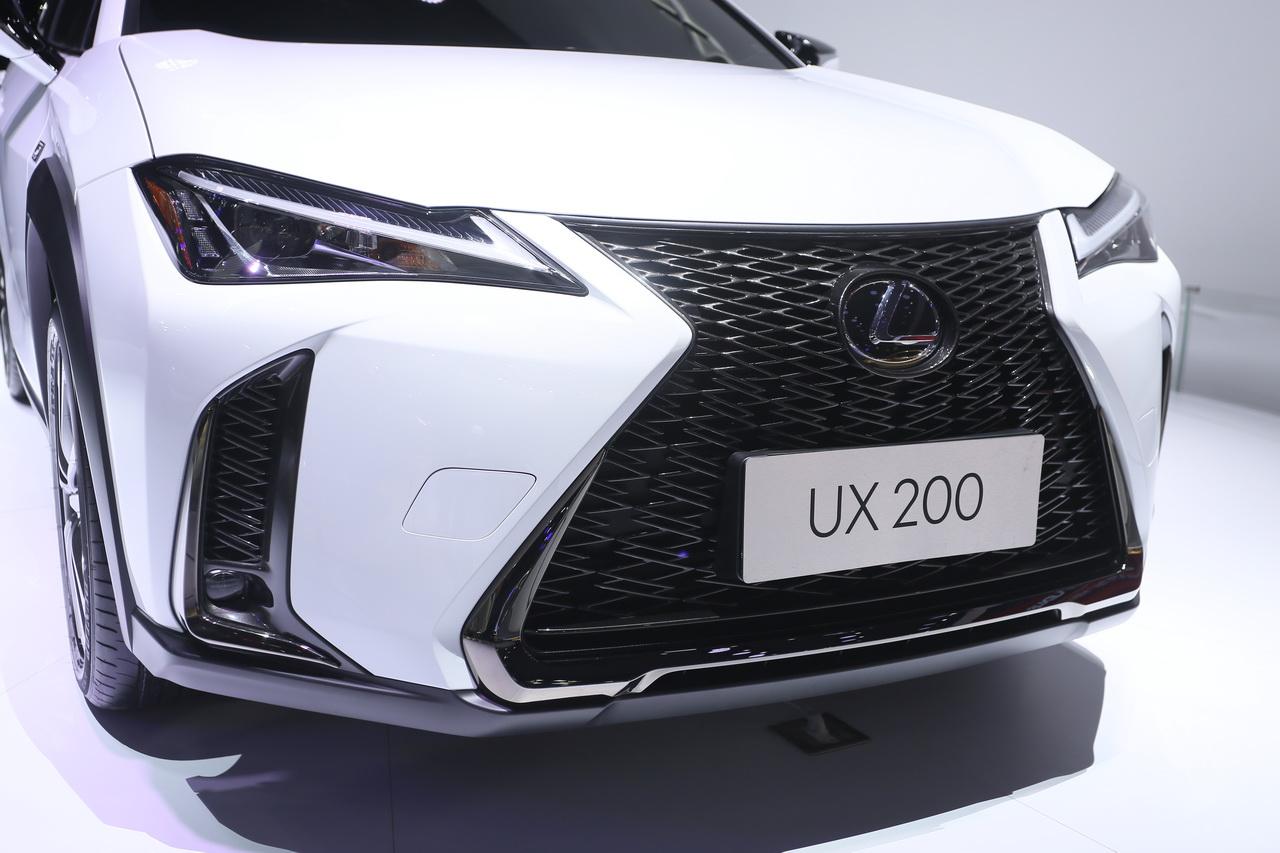 2018广州车展实拍:雷克萨斯UX