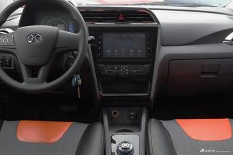 2017款EC系列 EC180 灵秀版