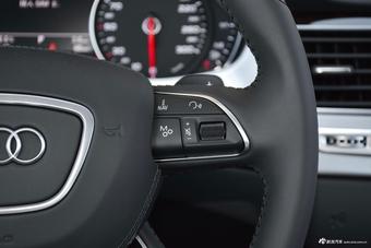 2017款奥迪A8L 45 TFSI quattro领先精英版