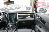 2018款比亚迪宋MAX 1.5T自动智联旗舰型6座