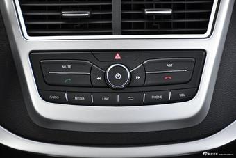 2017款奔腾X40 1.6L自动