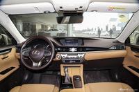 2015款雷克萨斯ES 2.0L自动200舒适版