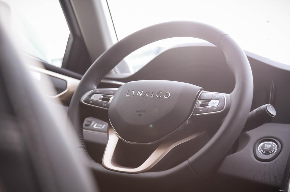 自主最高品质SUV!领克01用料做工媲美合作品牌