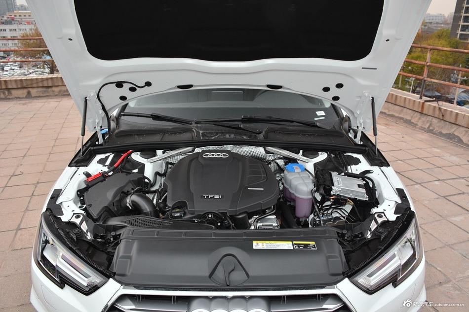2019款奥迪A4L 2.0T自动40 TFSI时尚型 国V