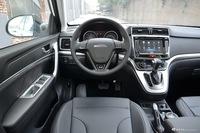 2017款哈弗H6运动版1.5T自动两驱豪华型