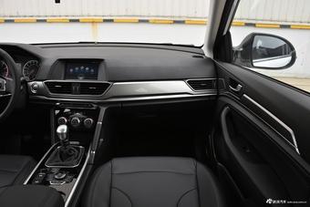 2018款哈弗H6运动版1.5T手动两驱精英型蓝标