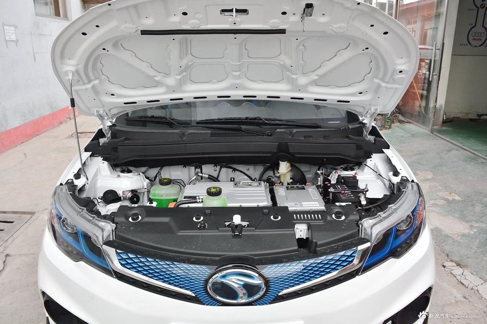 2018款东南DX3 EV400 豪华版