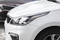 2017款起亚K2 1.6L自动Premium三厢