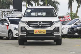 2018款宝骏530 1.8L自动豪华型