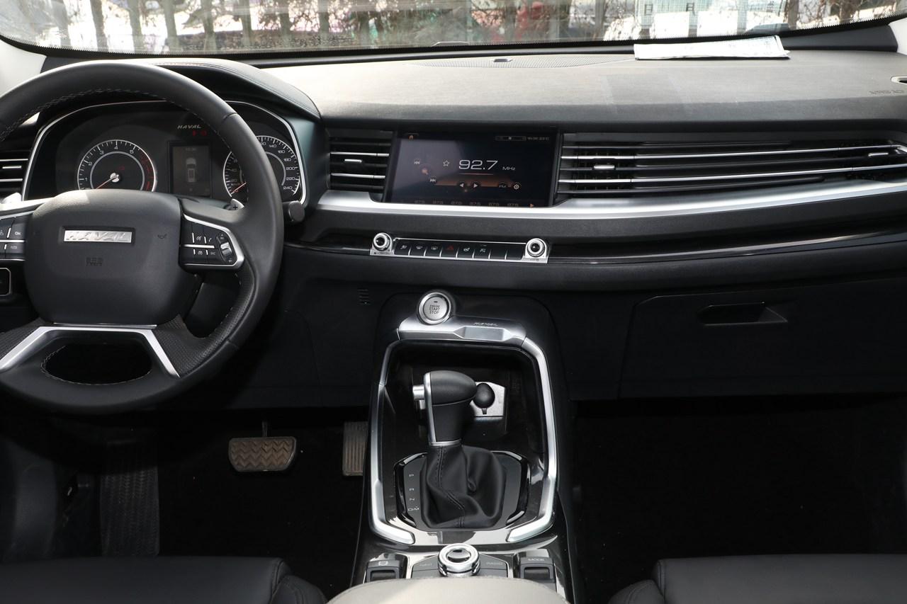 2017款哈弗H6换代 1.5T自动两驱智尚型蓝标