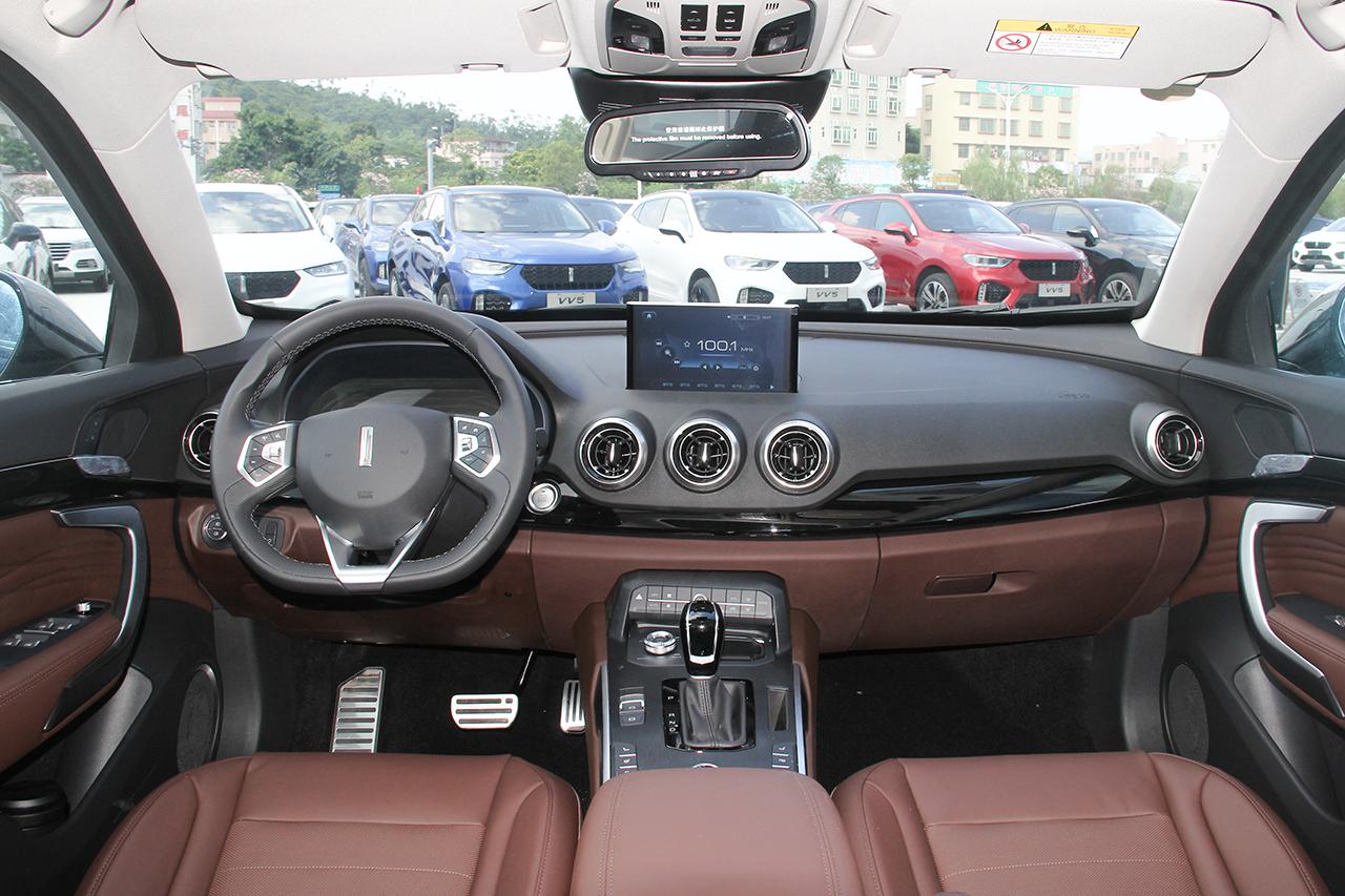 实拍|WEY首款混合动力四驱SUV—WEY P8