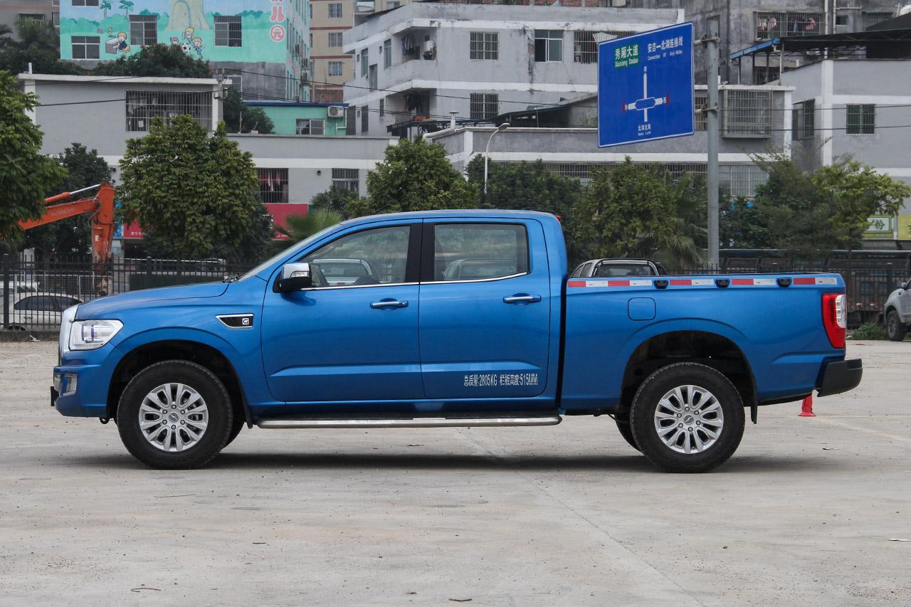 2018款领主2.5T手动柴油大双两驱豪华型