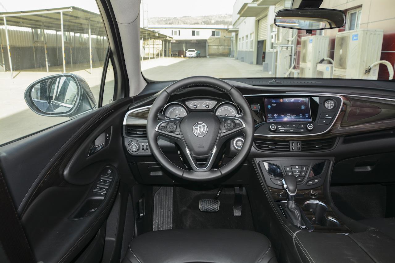 2018款昂科威1.5T自动两驱精英型20T