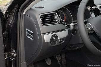 2017款速腾1.4T手动舒适型230TSI