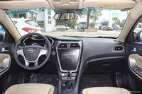 2017款海马福美来1.6L手动舒适型