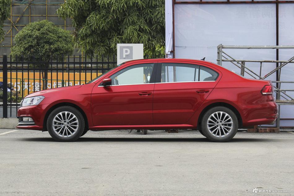 值得购买的新车之一,大众朗逸最低7.1折