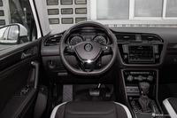 2017款途观L 2.0T自动四驱豪华版380TSI