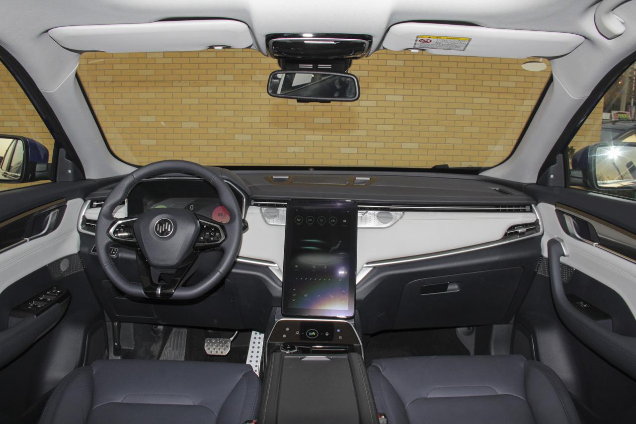 造车新势力产品到底如何? 实拍威马EX5