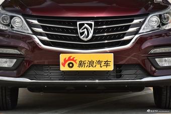 2017款宝骏560 1.5T DCT尊享型