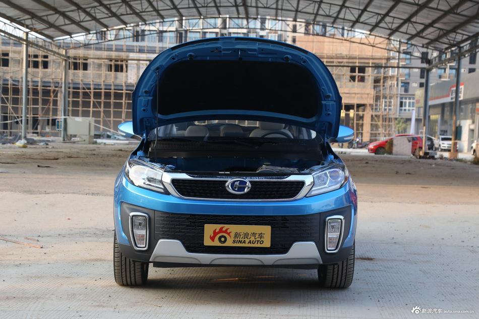 2016款昌河Q35 1.5L手动精英炫智版