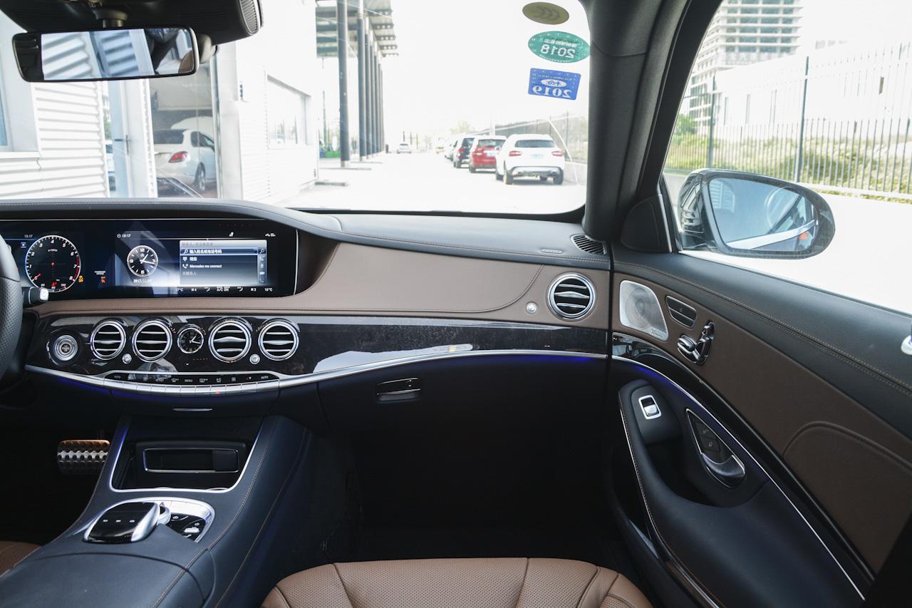 2018款奔驰S级 3.0T自动S450 L 4MATIC