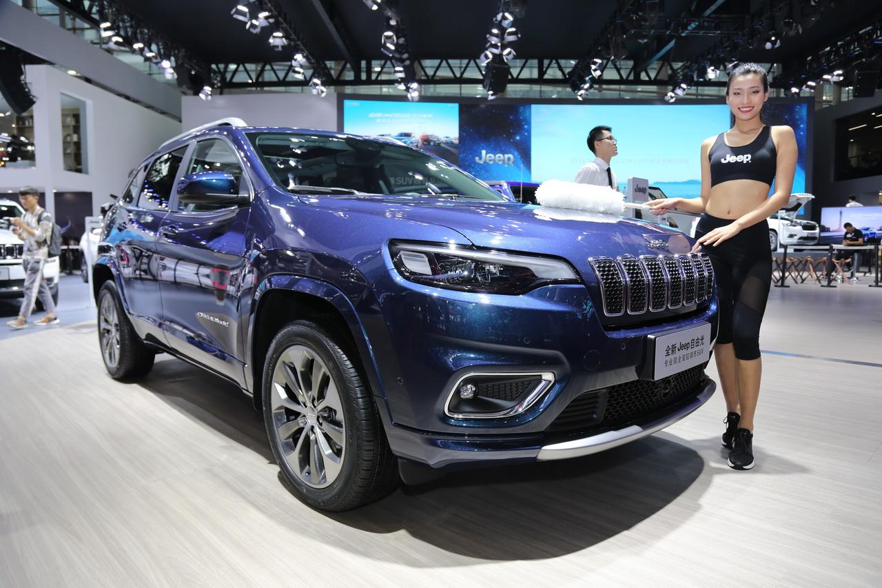 广州车展|Jeep全新自由光 牧马人同款2.0T