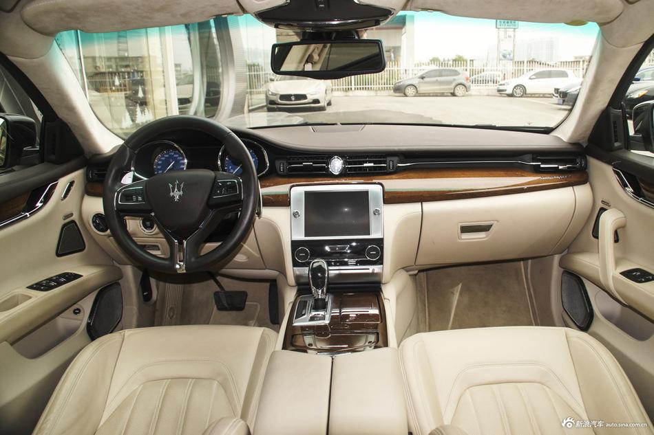 2013款总裁 3.0T自动V6标准型