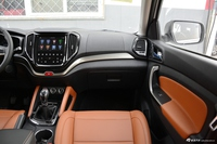2017款长安CX70 1.5T手动尊擎版