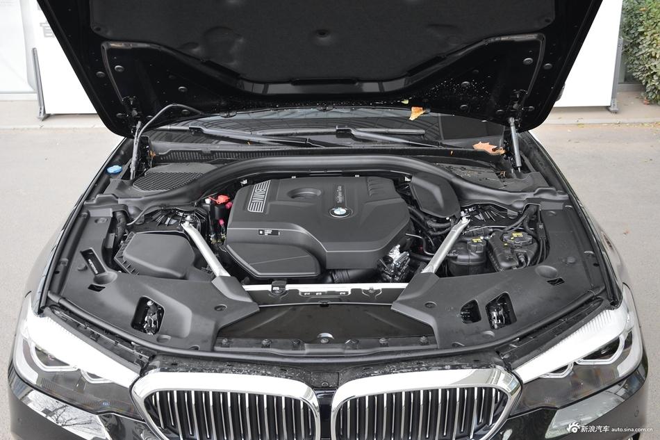 2019款宝马5系2.0T自动525Li 豪华套装