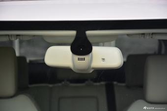 2017款众泰T700 1.8T自动尊贵型