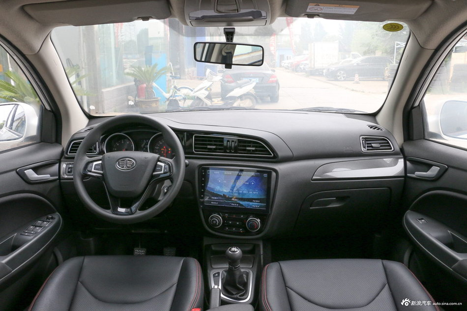 2017款骏派D60 1.5L手动舒适型