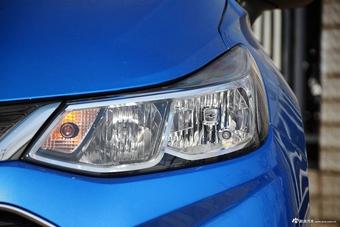 2017款科鲁兹两厢1.5L 自动先锋天窗版