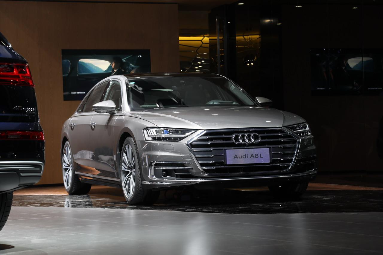 2018广州车展实拍:奥迪A8L