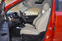 2016款昌河Q35 1.5L自动精英炫智版