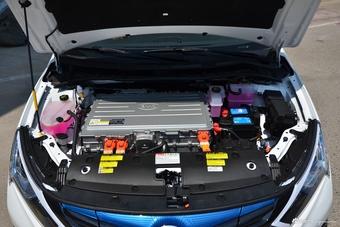 2017款比亚迪秦EV300精英型