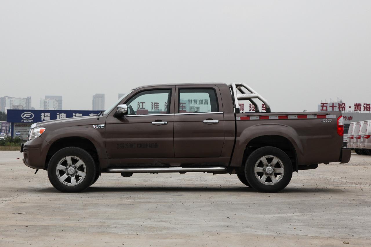 2018款中兴威虎 2.8T柴油国V两驱精英型大双CA4D28C5-1B